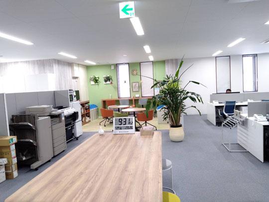 2F事務所作業スペース